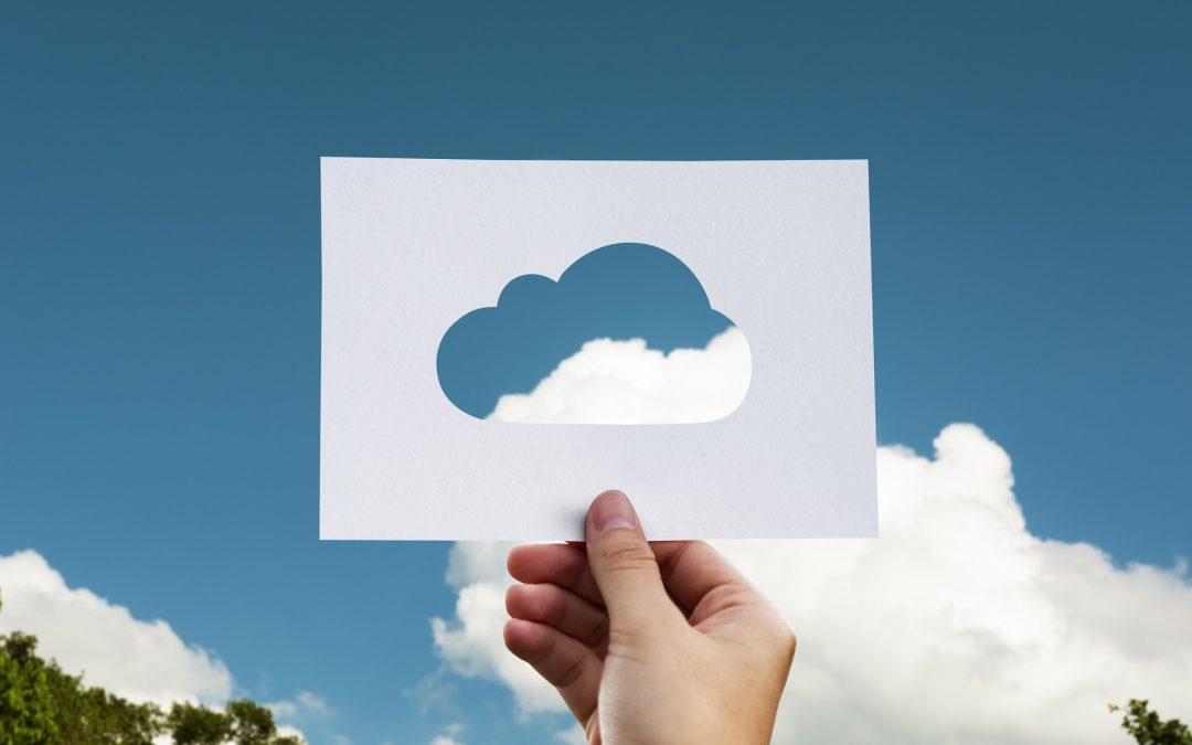 ¿Cuántas empresas españolas optan por el almacenamiento en la nube?